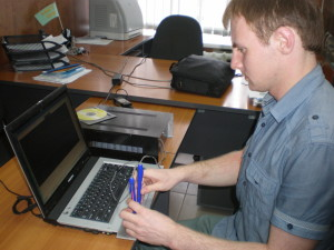 За высокие показатели в научно-исследовательской работе аспирант Маликов В. получает стипендию Президента РФ